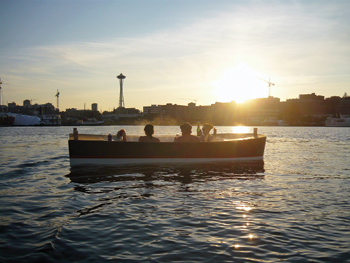 hot tub boats hit seattle aqua magazine. Black Bedroom Furniture Sets. Home Design Ideas