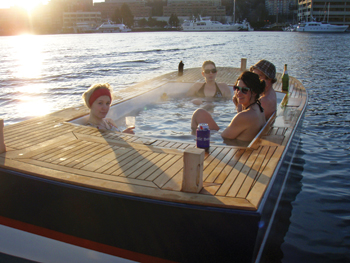 Hot Tub Boats Hit Seattle - AQUA Magazine