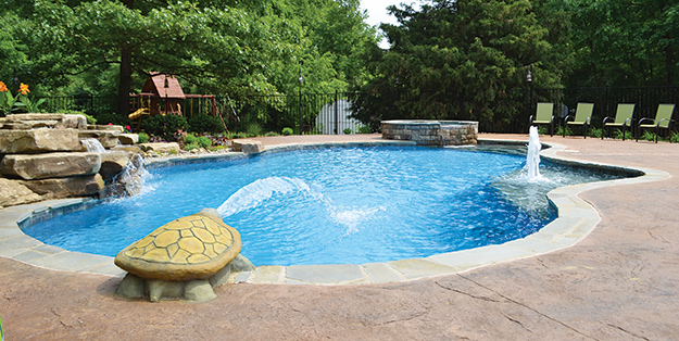 photo of a vinyl liner pool