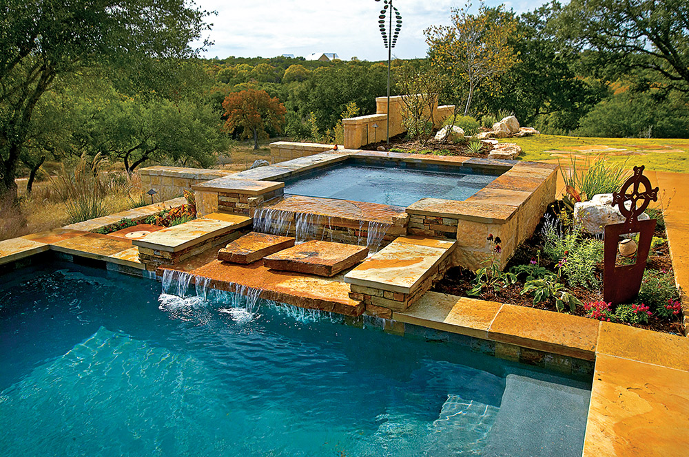 The Beautiful World of Pool & Spa Combos - AQUA Magazine