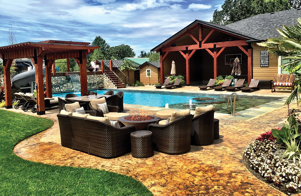Fire Pits Can Be Used To Create Destinations And Drive Traffic Patterns Within The Backyard Here Designer Builder David Owens Strategically Located
